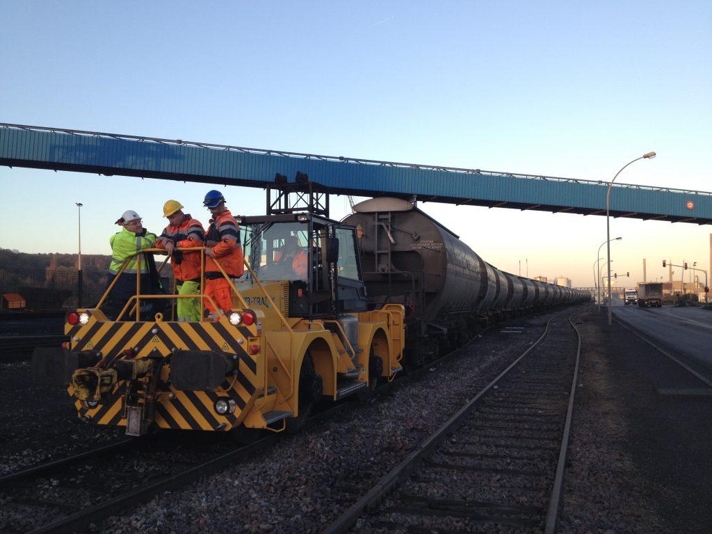 Le B-track 24 est un rail route pour le chargement et déchargement